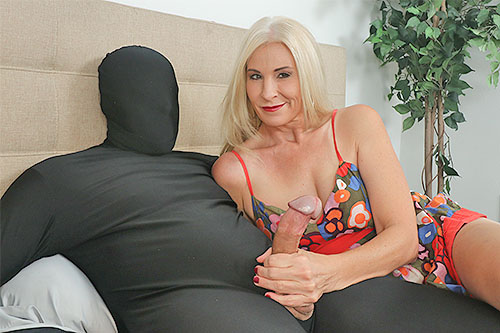 Blonde milf Naughty Jojo at ClubTug.com