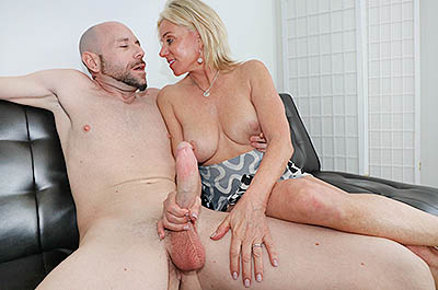 Handjob workout at CumBlastCity.com