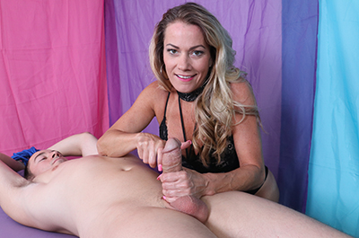 Goddess Allura Sky: Cum on your Face at FinishHim.com