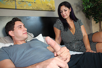 Raquel Raxxx: Bust On Boobs at FinishHim.com