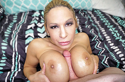 Alyssa Lynn: BEST Tit Fuck at Over40HandJobs.com