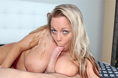 Amber Bach Blows It at SeeMomSuck.com